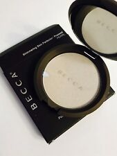 Becca PEARL Shimmering Skin Perfector Highlighter Pressed powder 8g
