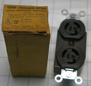 Hubbell Twist Lock Receptacle Outlet 4700 15 amp 125 volt NEMA L5-15R duplex