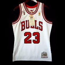 100% Authentic Michael Jordan Mitchell Ness 96 97 Finals Bulls Home Jersey 40 M