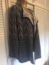 Fabulous Calvin Klein Designer Knit Fabric Jacket Black & White Size XL (18-20)