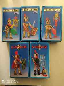 RARE VINTAGE 80'S AIRGAM BOYS ROMAN SOLDIERS LOT OF 5 PYROPLAST GREEK NEW IN BOX