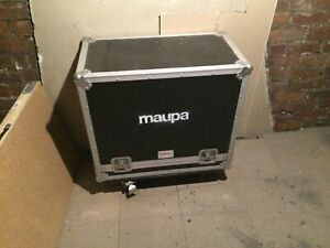 Fender 65 Reverb Deluxe Combo Amplifier Spider Flight Case. Maupa band gear.