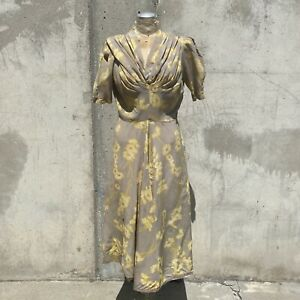 Vintage 1930s Grey & Yellow Floral Print Textured Silk Dress Ruching Gathered