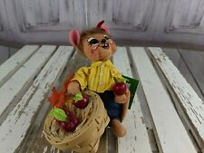 Annalee 6″ picking apple mouse basket 2010