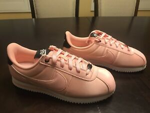New Nike Cortez Pink Valentines Day Sneaker Shoes Size US 8.5