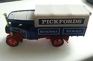 1984 Matchbox Models Yesteryear Y-27 1922 Foden Steam Wagon Pickfords England