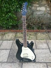FENDER SQUIER VISTA SERIES VENUS  (COURTNEY LOVE) - FREE DELIVERY IN THE UK