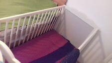 Hensvik weißes Gitterbett Beistellbett Kinderbett IKEA mit Matratze