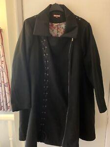 Joe Brown Coat Size 28