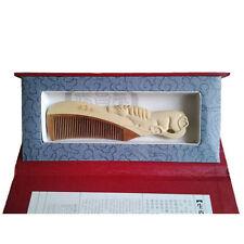 Peigne en bois sculpté, signe zodiaque chinois ¨cheval¨, en coffret