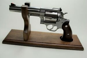 Revolver Stand for Storage in Gun Safe and Display Stand