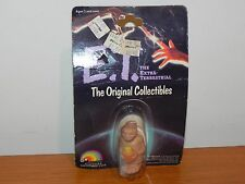 ET Figure LJN - Brand new on card from 1982 - Holding Flower Pot