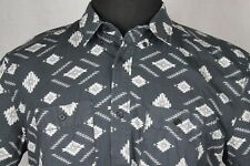 DC Shoes Skate Mens Short Sleeve Button front Shirt sz L Black