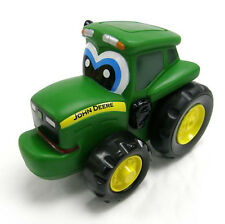 TOMY 42925 JOHN DEERE TOYS PUSH & ROLL JOHNNY TRACTOR 18 MONTHS + BRAND NEW
