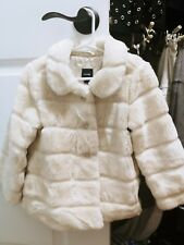 Baby Gap Girl 5t Faux Fur White Coat
