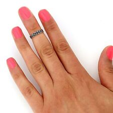 sterling silver Celtic Knot knuckle ring midi ring above knuckle ring T135
