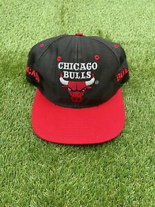 VINTAGE 90s CHICAGO BULLS COMPETITOR by LOGO 7 Snapback Cap Hat Black Red