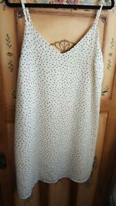 COTTON ON ladies simple sleeveless shift dress (size small)