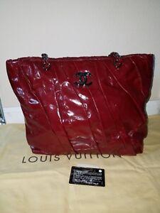 AUTHENTIC CHANEL RED LARGE GLAZED CALFSKIN TWISTED SHOULDER BAG EXC