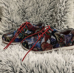 ALRGRIA ESSENCE gorgeous Printed Lace Up Sneakers Shoes Size 39 Wider Fit 9AU