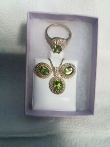 Beautiful FiligreeSterling Silver and Natural Peridot Ring, Pendant & Earrings.