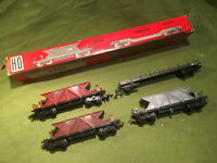Lot Jouef HO 4 wagons, dont un neuf.