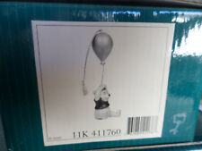 "Walt Disney  (WDCC) Figurine - Winnie the Pooh  - ""Up to the honey tree"", 41176"