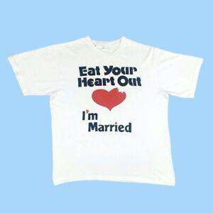 VINTAGE Mens Tee T Shirt Single Stitch I'm Married Heart White XXL 80s 90s