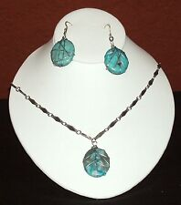 Multi color stone turquoise earring and necklace set