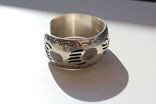 STERLING ETCHED BEAR CLAW PRINT NAVAJO CUFF BRACELET FINE SIGNED E 0468