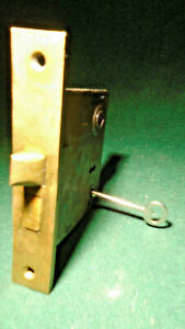 """VINTAGE CHICAGO #1040 MORTISE LOCK w/ KEY - 5 1/2"""" face RECONDITIONED! (13866)"""
