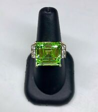 Zirconia Crystal Ring Women's 10K Green Cubic