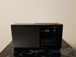 Nakamichi TM-1 Clock Radio 1 AM/FM Alarm Radio