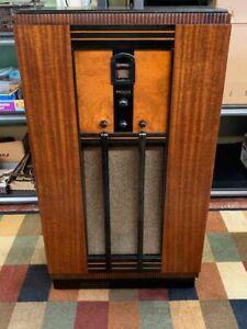 Philco 14 Console Radio