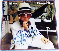 ELTON JOHN HAND SIGNED AUTOGRAPHED GREATEST HITS ALBUM! FULL NAME W/PROOF + COA!