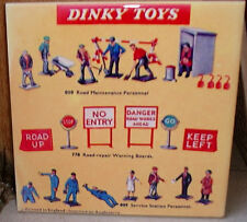 DINKY TOYS 60's 70's road maintenance personnel,boards,service station TILE