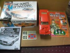 Ben Jones, Dukes of Hazzard Signed General Lee Assembled MODEL, Box & Show Flyer