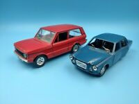 lot de 2 voitures vintage martoys range rover & polistil volvo 164 BE