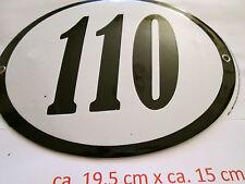 Hausnummer Oval Emaille  schwarze Nr. 110  weißer Hintergrund 19 cm x 15 cm