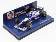 Voiture de sport de courses miniatures multicolores sur williams