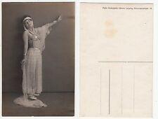 Nackte Frau im Orient Style mit Brustschmuck Girl Nude Art Deco, RPPC um 1920/2