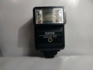 Vintage SunPak Auto 22 FD Camera Flash (CosCam206)