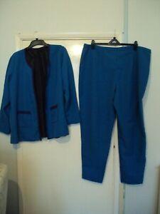 Trouser suit size 32/24  in blue none fastening  jacket leg 30