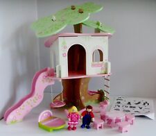 ELC Wooden Rosebud Village Dolls House Tree House Playset with 2 Figures