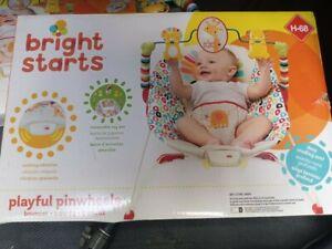 Bright Starts Playful Pinwheels Bouncer -open box/ new
