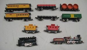 N SCALE ENGINES & CARS - LOT