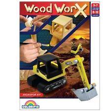 Spielzeug-Baufahrzeuge aus Holz