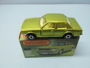 MATCHBOX Superfast55D Ford Cortina Metallic Green / Yellow  Interior