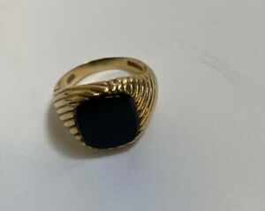 Mens vintage black onyx solid 9ct gold signet ring size X 6.24g great condition