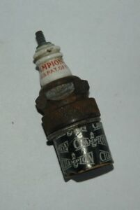 """1930-50'S CHAMPION SPARK PLUG #0 COMM 7/8""""X18 THREAD NOS NEW CONTINENTAL ENG"""